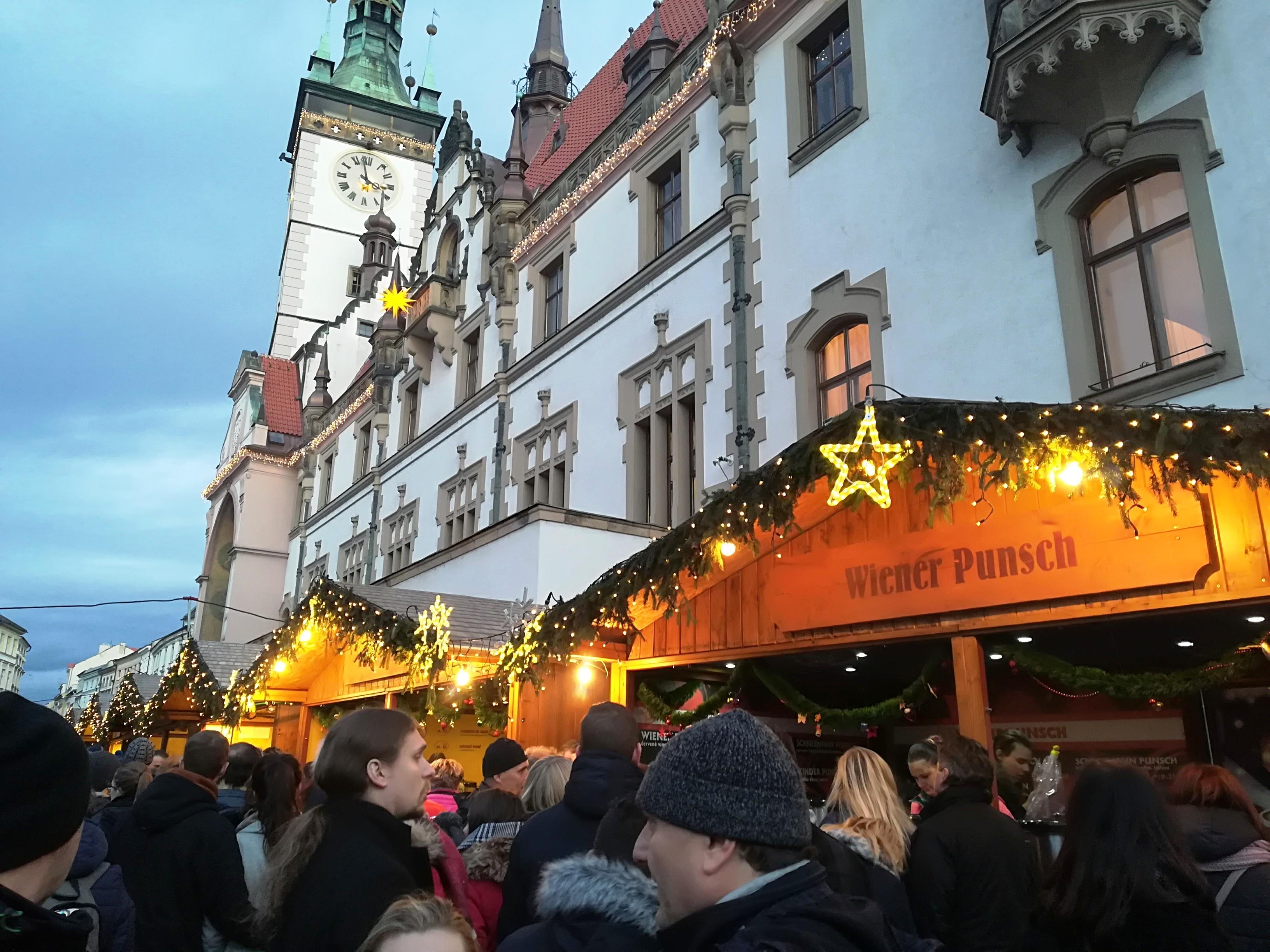vánoční trhy olomouc 2019 vánoční punč